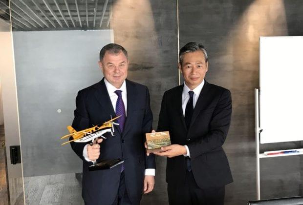 губернатор с самолетом