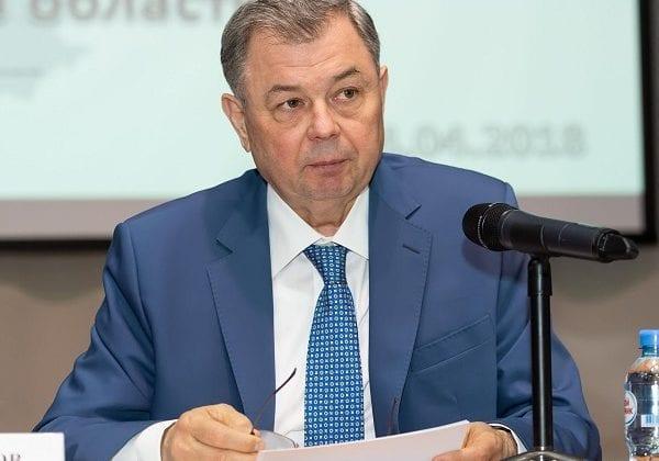 Артамонов
