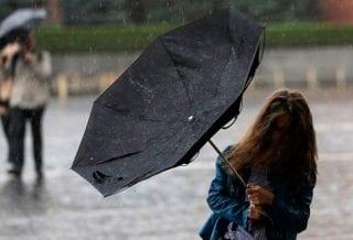 Дождь зонт