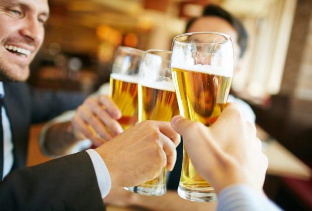 Что алкоголь делает с человеком после 40 лет