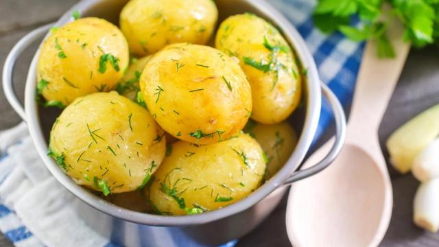 Картошка варенная