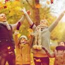 Радостная семья