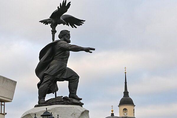 Памятник Ивану