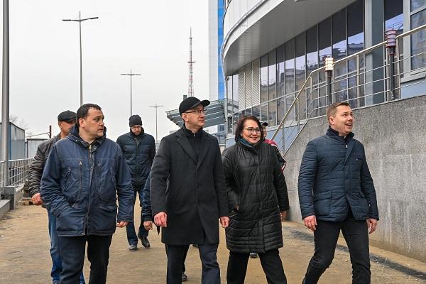 В Калуге вокруг Дворца спорта завершается благоустройство территории