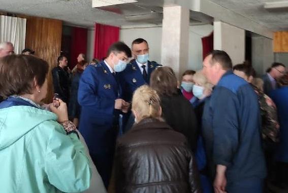 прокурор на заводе Калугаьоасмаш