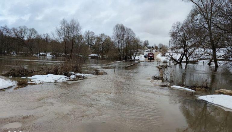 В районе Калуги уровень воды в Оке поднялся на три метра