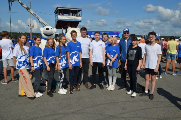 Калуга отметила День физкультурника Олимпийской зарядкой на набережной