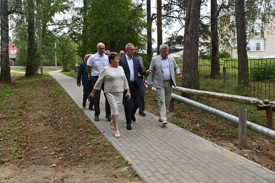 В Перемышльском районе глава региона ознакомился с объектами агротуризма
