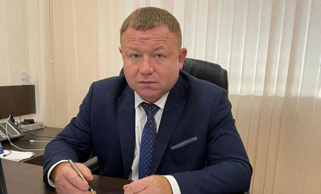 директор Федотов