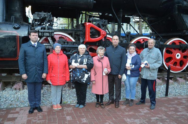 В Калуге торжественно открыли сквер у паровоза