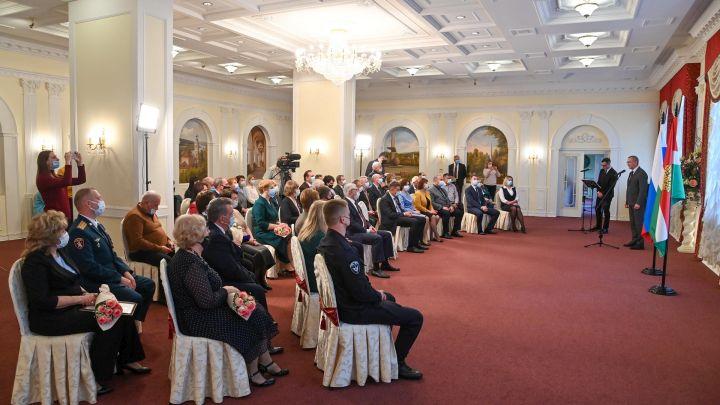 45 калужан получили государственные и региональные награды