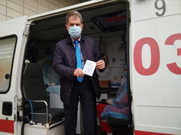 Руководитель КБ №8 одним из первых в Обнинске сделал прививку от гриппа