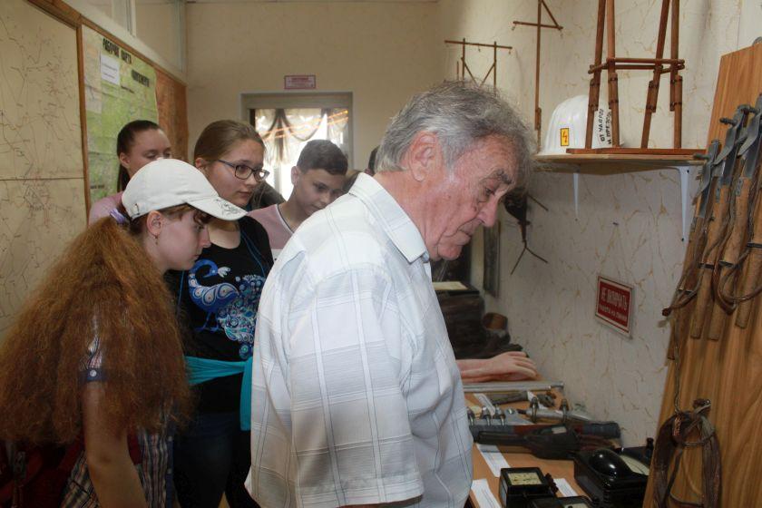 Интеллектуалы из 22-ой школы Калуги постигали азы энергетики. Фото