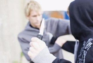 В школе Спас-Деменска подросток напал с ножом