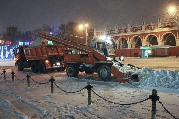 Калугу убирают от снега