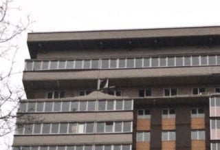 Дом в Обнинске с разрушенным балконом