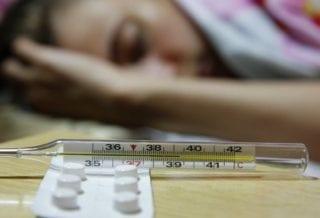 болеет гриппом