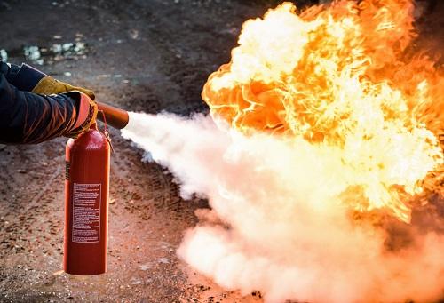 Пожар и огнетушитель