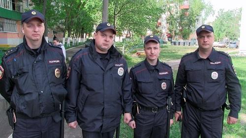 Полицейские Калуги при пожаре
