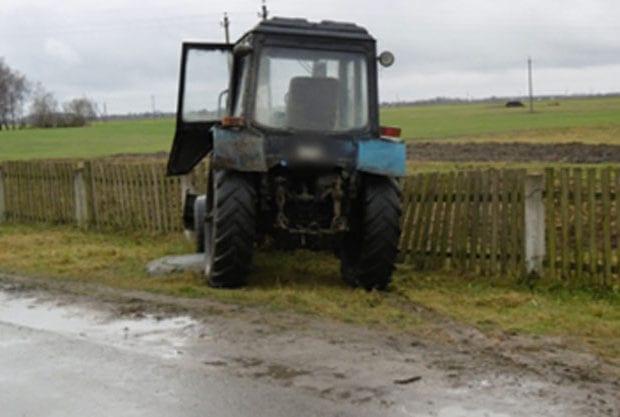 Трактор угон