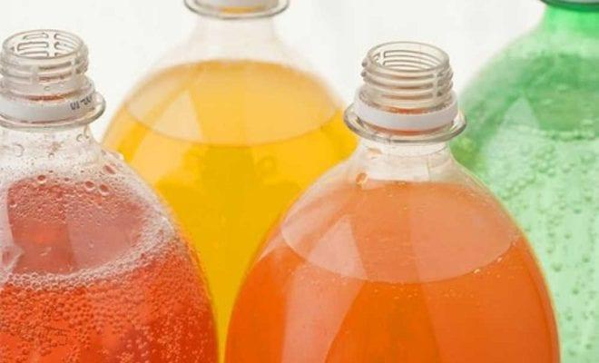 Бутылки с газировкой