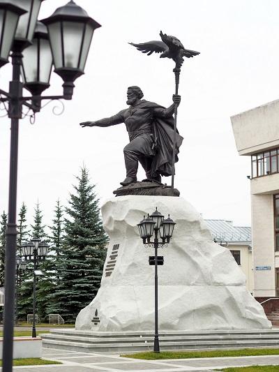 Памятник Ивану 3